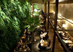 Modern Restaurant Design: KAA, São Paulo, Brazil