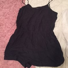 FINAL PRICE DROP! American eagle gray romper PRICE DROP! Super comfy romper with pockets. Small back cut out. Offers welcome! American Eagle Outfitters Other