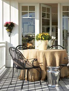 Burlap tablecloth, Outdoor Dining