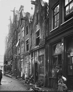 Krotten in Amsterdamse Jodenbuurt ca 1925