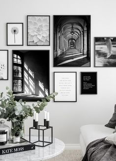 - Wall Art Ideas - 3 meest gemaakte fouten bij het maken van een gallery wall 3 most common mistakes when making a gallery wall - Everything to make your home your Home Inspiration Wall, Interior Inspiration, Gallery Wall Layout, Gallery Wall Art, Photo Gallery Walls, Black And White Posters, Black And White Picture Wall, Black And White Interior, Black White