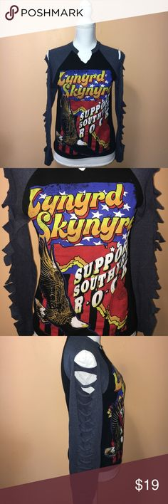 Long Sleeve T-Shirt Super cute long sleeve t-shirt features Lynyrd Skynyrd southern rock graphic, and slit detailing on baseball style sleeves. Size S. Live Nation Merchandise  Tops Tees - Long Sleeve