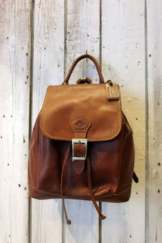SMALL  Brown Handmade Italian Leather backpack di LaSellerieLimited su Etsy