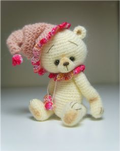 Cream amigurumi bear. (Inspiration).
