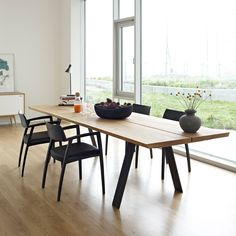 The Plank table is made in 5 differents sizes.The table is extendable with up to two extension leaves. The table top is made of solid wood in 40 mm thickness. The legs are made of oil burned steel. 4 Chair Dining Table, Plank Table, Dining Table Design, Extendable Dining Table, Dining Furniture, Kitchen Workshop, Esstisch Design, African Interior, Cheap Chairs