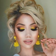these brighty beachy eyes are perfect for your summer slay-cation!