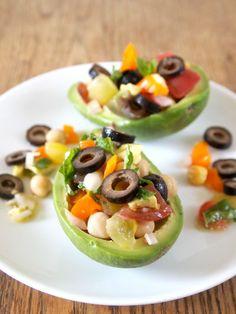 Mediterranean Stuffed Avocados // Peru Delights #CalOlivesMedRecipe