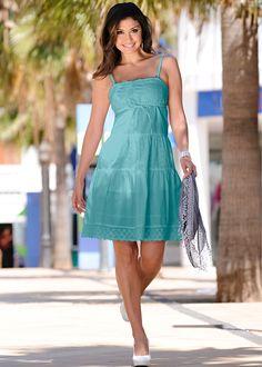 Vestido tomara-que-caia branco encomendar agora na loja on-line bonprix.de  R$ 149,00 a partir de Vestido tomara-que-caia romântico com lindo bordado floral.