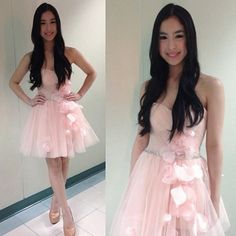 .@juliabarrettoforever | Outfit for The Buzz :) | Webstagram - the best Instagram viewer