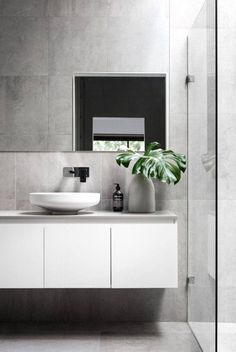 Ridiculous Tips Can Change Your Life: Bathroom Remodel Farmhouse Tile bathroom remodel dark ceilings.Mobile Home Bathroom Remodel Small bathroom remodel shower walls. Minimal Bathroom, Modern Bathroom Design, Bathroom Interior Design, Bathroom Designs, Masculine Bathroom, Simple Bathroom, Kitchen Interior, Bad Inspiration, Bathroom Inspiration