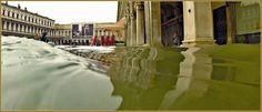 Acqua Alta Venise 1er Nov. 2012: Le lac devant les Procuratie Vechie sur la Piazza San Marco, dans le Sestier de Saint-Marc à Venise.