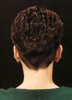 HAIRXSTATIC: Short Back & Cropped [Gallery 3 of 3]
