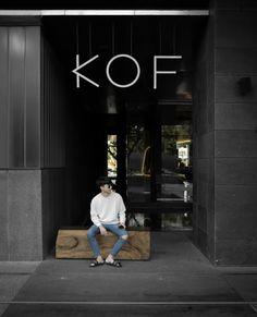 U Haul Furniture Dolly Coffee Shop Branding, Coffee Shop Design, Restaurant Interior Design, Cafe Interior, Pottery Cafe, Cafe Concept, Shop Facade, Small Cafe, Cafe Shop
