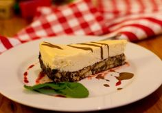 White chocolate cheesecake -  Magiel Cafe