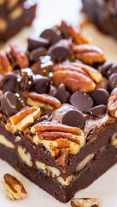 The Best Turtle Brownies - Super fudgy and loaded with chocolate, pecans and caramel! So.crazy.good!!! ❊