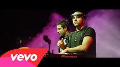 Music video by Cali Y El Dandee performing Por Fin Te Encontré. (C) 2015 Universal Music Spain, S.L., bajo licencia exclusiva de Cali y El Dandee SAS http://...