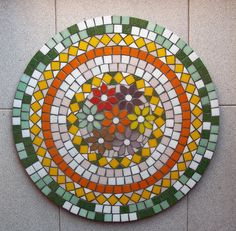 Mosaic Pots, Mosaic Garden, Mosaic Crafts, Mosaic Projects, Mosaic Ideas, Mosaic Designs, Mosaic Patterns, Mosaic Stepping Stones, Mosaic Artwork