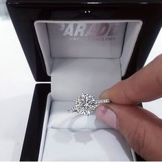 "3,987 Likes, 33 Comments - Engagement & Wedding  Gallery (@jewelgram) on Instagram: ""This is gorgeous  by @paradejewellers  Tag your girls in this one  . . Ring by @paradejewellers…"""
