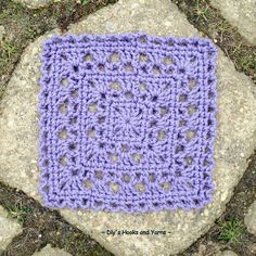 Lavender square, Simply pretty ~ Dly's Hooks and Yarns