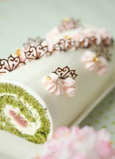 『sakuraと抹茶の和三盆ロール』 sakura temalı rulo pasta