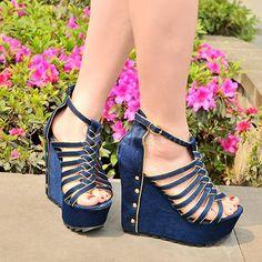Shoespie Solid Color Rivet Cut-out Wedge Sandals