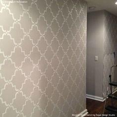 Neutral Hallway Makeover with Painted DIY Moorish Trellis Wall Stencils - Royal Design Studio Retro Home Decor, Diy Home Decor, Room Decor, Wall Decor, Wall Art, Design Studio, House Design, Moroccan Wall Stencils, Stenciled Floor
