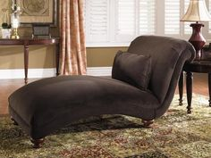 Belshire Armless Chaise
