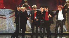 Bangtan winning Album of the Year!!!