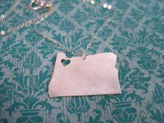 I heart Oregon.  I heart necklaces.  I love an Oregon necklace.