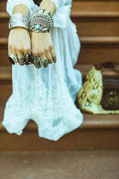 Hippie Style ♥ - LOVE the bracelets and rings