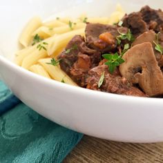 Boeuf Bourguignon | RafaellaSargi.com #recipe #frenchfood #beef