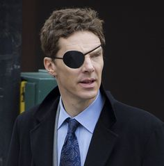 """""""Initially, he wanted to be a pirate."""" / Benedict as Patrick Melrose """"Anfangs wollte er ein Pirat sein."""" / Benedikt als Patrick Melrose Foot Socks, Doctor Strange, British Actors, Benedict Cumberbatch, Sherlock Holmes, On Set, Mens Sunglasses, Handsome, Cosplay"""
