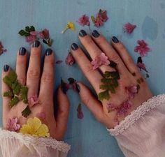 / aesthetic / photography / color / hues / pictures / pretty / beautiful / mood / tumblr / photo / images / planty / flowers / flowery / pastel / nice / my aesthetic / yellow / art / artsy aesthetic / kid / nature / plants / friends / rain / grass / life / goals / soft grunge / peach / soft / peachy / artists / van gogh / monet / matisse / sunset / golden hour / sunrise / clouds /