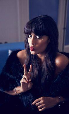 Jameela Jamil UK-based TV presenter #PANDORAloves how she stack her rings for a glam look #PANDORAring