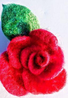 Beatifull rose Felt work, Wool, brooch or pin hair. Hand made felted Perfect gift. Elegant Flowers, Hair Pins, Flora, Brooch, Wool, Classic, Gifts, Handmade, Free
