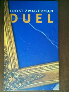 50/53 Het boekenweekgeschenk van 2010 van Joost Zwagerman, ik heb het herlezen vanwege zijn recente dood. De cursus kunstgeschiedenis zit tussen de eerste keer dat ik het gelezen heb en nu, het boek slaat daardoor nu meer aan bij mij.