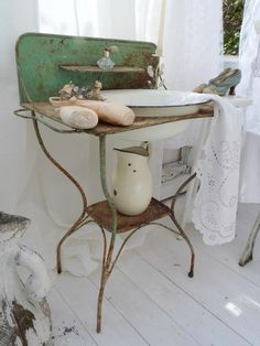 Isnu0027t This An Amazing Old Enamel Sink Wash Bowl Stand From Europe?