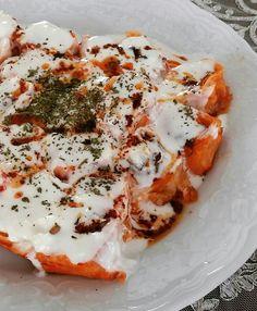 salça soslu mantı