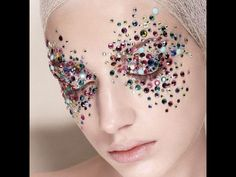 CHIC glitter | editorial makeup