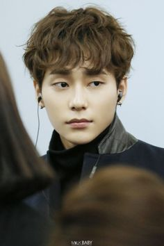 Kim Sung Joo 김성주 || Uniq || 1994 || 180cm || Main Vocal || Korean Leader