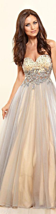 Robe #bijoux #perlés