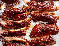 Easy Slow Cooker Barbecue Ribs are melt-in-your-mouth incredible! Let your slow cooker do all the work and come home to fall apart ribs! Slow Cooker Barbecue Ribs, Barbecue Pork Ribs, Slow Cooker Barbacoa, Sauce Barbecue, Pork Rib Recipes, Chicken Recipes, Smashed Sweet Potatoes, Cantonese Food, Bacon