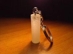 Portachiavi fosforescente cilindrico di PhosPhoWorld su Etsy