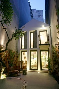 A unique way to welcome guests is to create a lovely courtyard no matter how small it is.