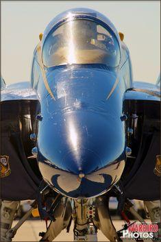 Hornet, Blue Angels, US Navy - Warbird Photos Aviation Photography Military Guns, Military Aircraft, Fighter Aircraft, Fighter Jets, Cool American Flag, Us Navy Blue Angels, Fleet Week, Civil Air Patrol, Go Navy