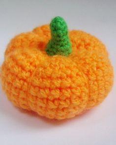 Halloween crochet  #halloween #crochet ww.loveitsomuch.com