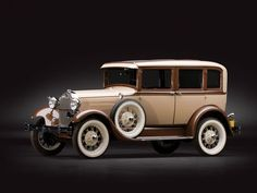 1929 Ford Model A Town Sedan by Briggs | Sam Pack Collection 2014 | RM Sotheby's