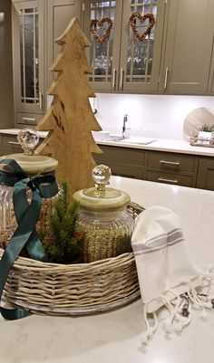 Studio Sigdal Ålesund Scala InFrame Palett Styling: Amalie Fagerli  Christmas, Kitchen, Nordic christmas, Table setting