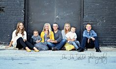 family photography, large family, pose, family of 7, urban family photography, Utah photography