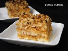 Ingrediente: – 1,5- 1,7 kg mere – 1 cana cu zahar – 1 cana cu gris – 1 cana cu faina alba – 250 g unt – 2 plicuri cu zahar vanilat (8g/plic) – 1 praf de copt (10g) – 150 g nuca pisata – 1 lingurita scortisoara macinata (facultativ) … Macaroni And Cheese, Food And Drink, Gluten, Ethnic Recipes, Cakes, Mac And Cheese, Cake Makers, Kuchen, Cake